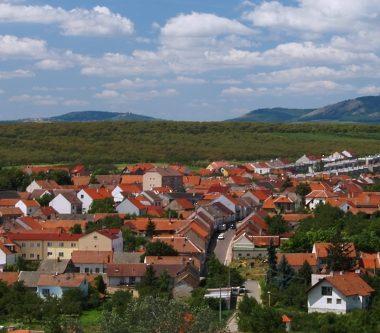 Otevřené sklepy Velké Pavlovice 2020 – Víno v oranžovém aneb Noční otevřené sklepy