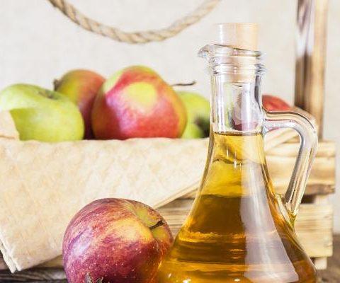 Cider (jablečné víno), tradiční nápoj letních zahrádek